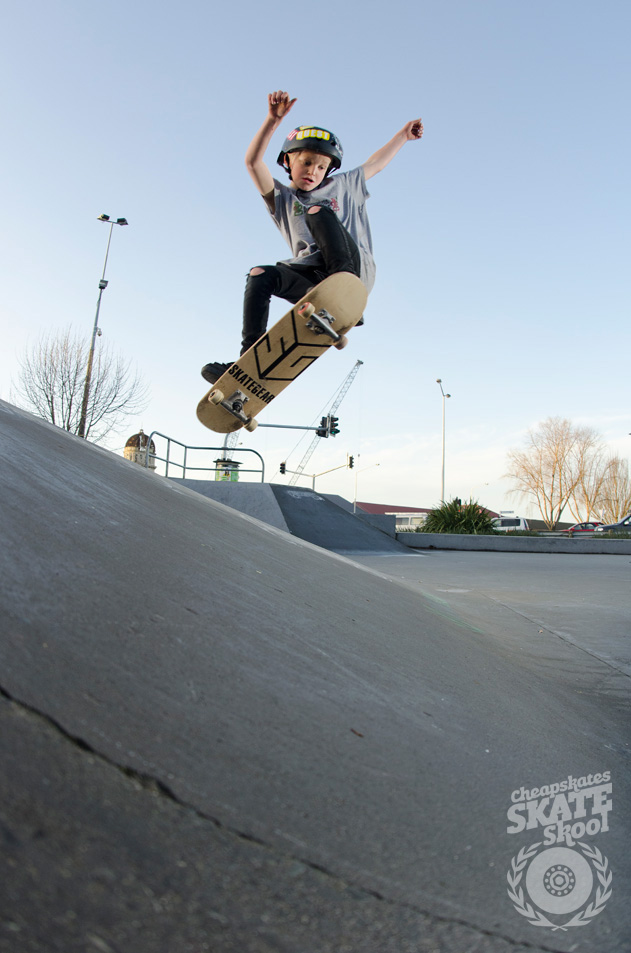 Saul Titheridge » Ollie over the hip